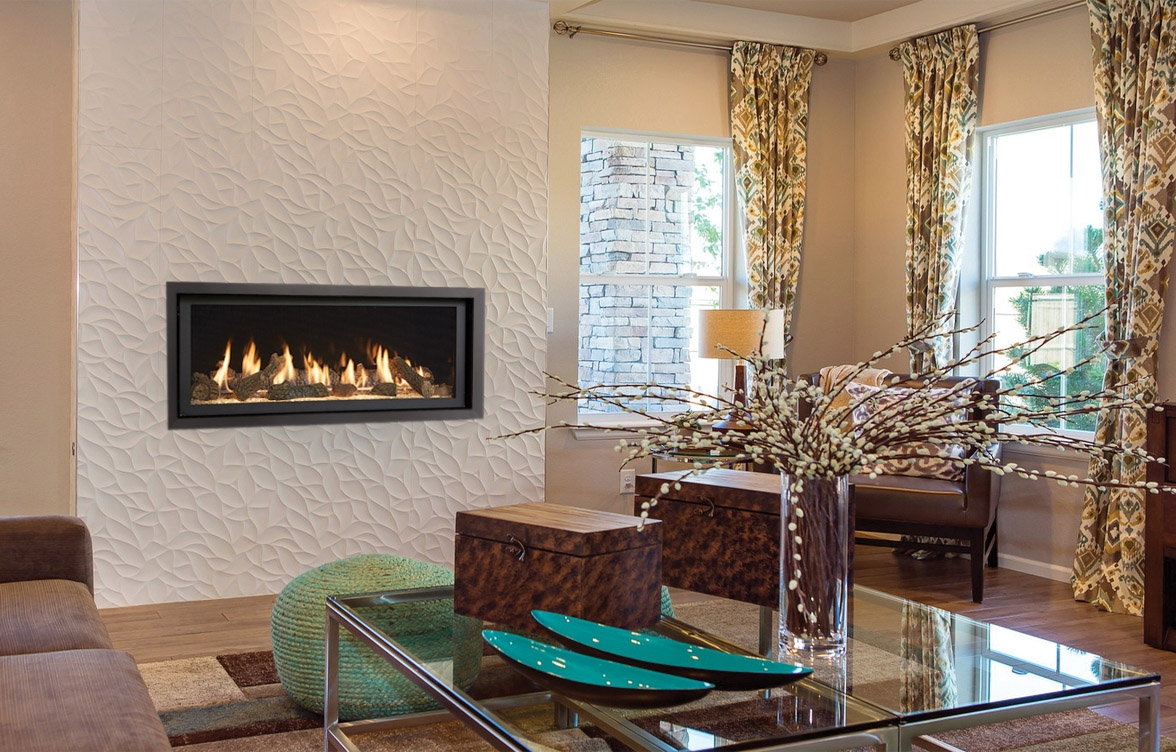 Image of the modern 3615 HO gas fireplace made by Fireplace Xtordinair featuring a modern linear design.
