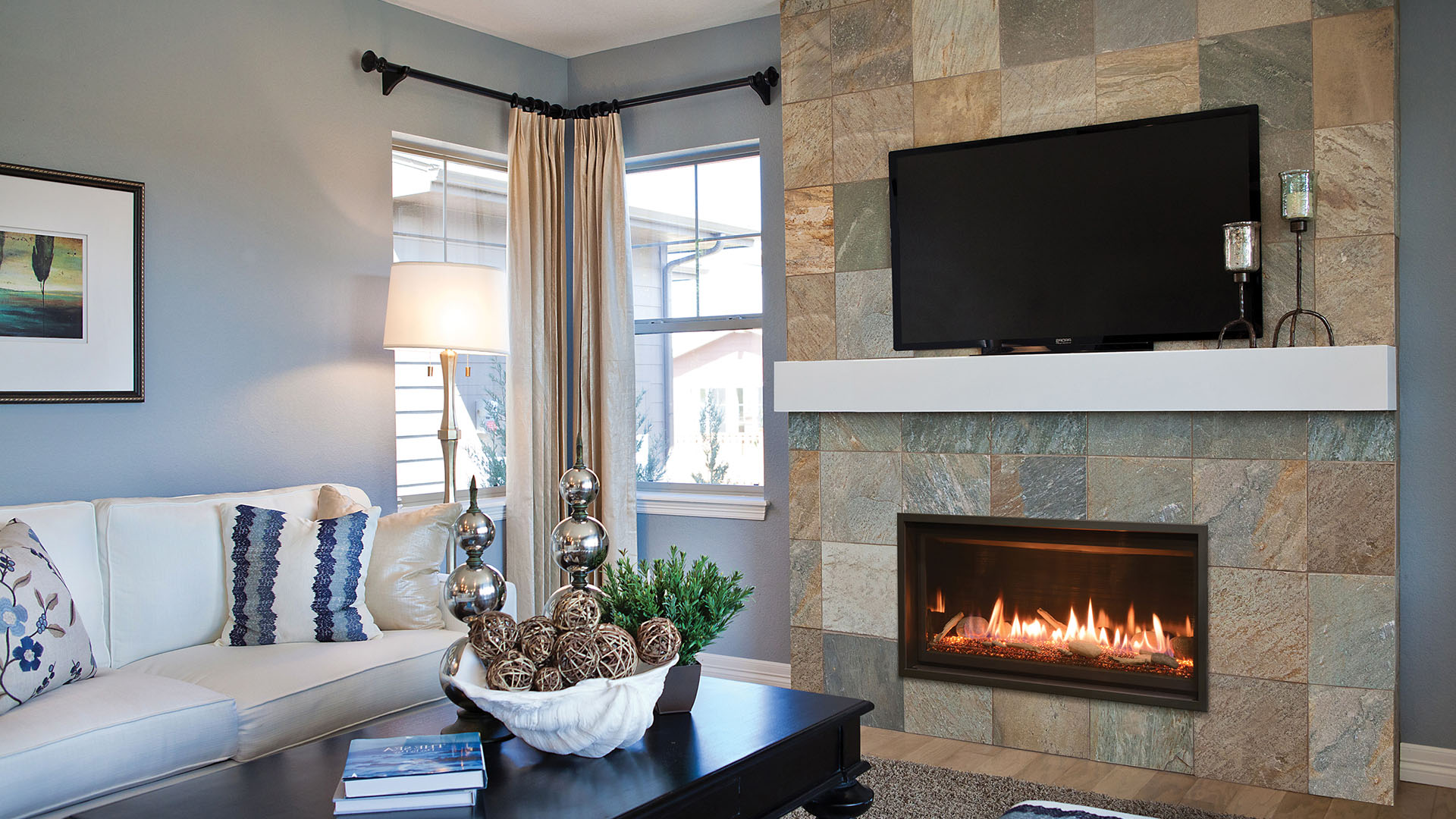 Image Of The Modern Slayton 36 Gas Fireplace Made By Kozyheat Featuring A Linear Design