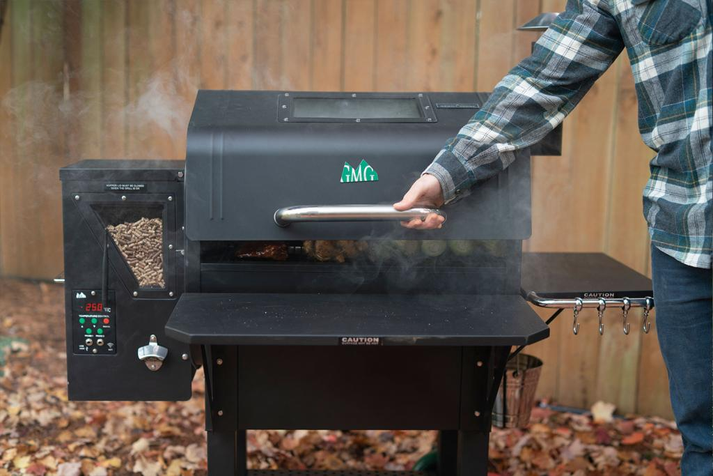 Image of a Daniel Boone Green Mountain Grill featuring the Black Lid.
